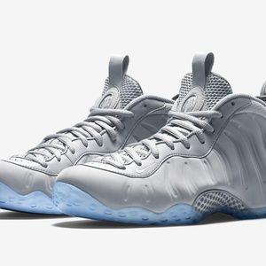 Nike Foamposite Wolf grey size 13